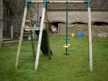 Orchard single swing with slide