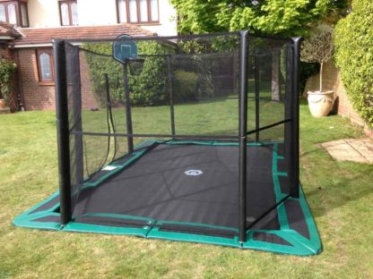 n-ground-gallery-with-enclosure-net